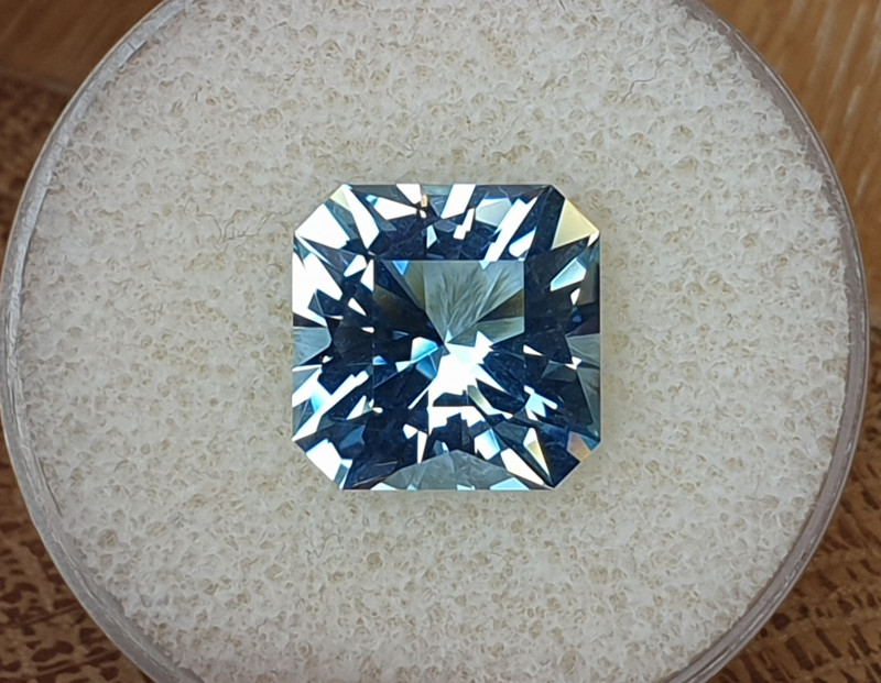 9.20ct Aquamarine - Master cut!
