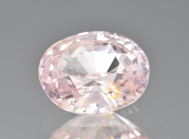 Natural Padpardscha Sapphire 2.99 Cts from Sri Lanka