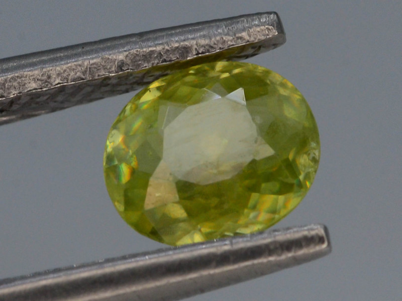 Top Fire 0.70 ct Natural Sphene Q.S