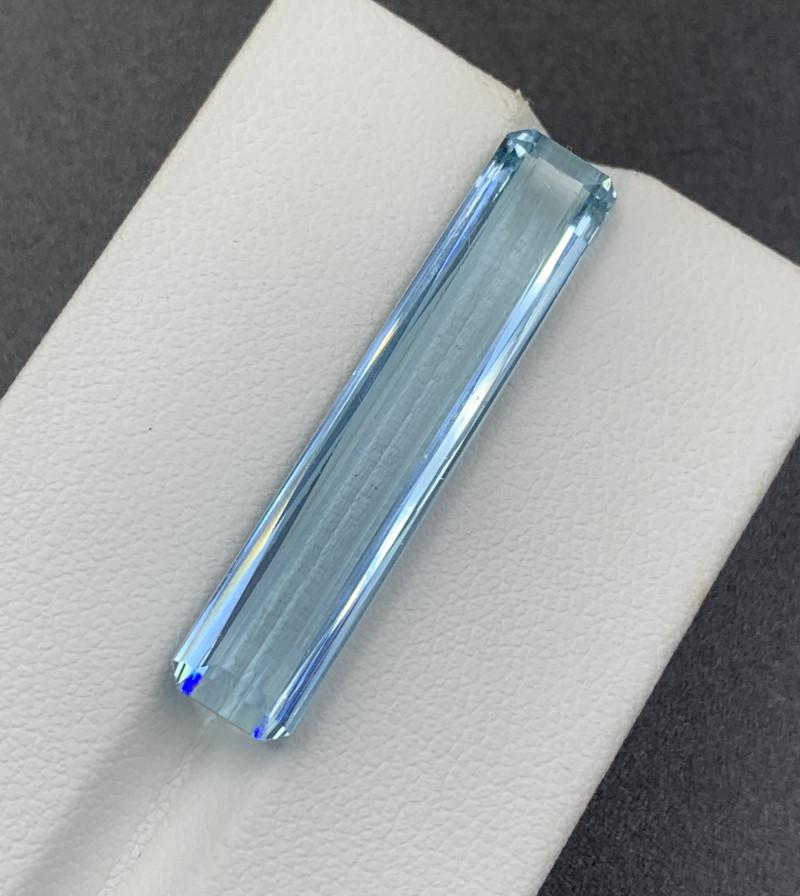15.65 CT Aquamarine Gemstones top color top luster