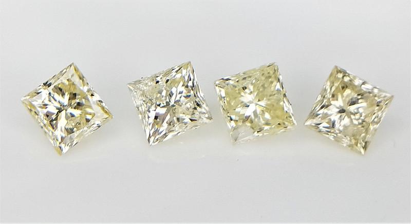 4 pcs/0.60 CT , Princess Brilliant Cut , Natural Yellow Diamonds