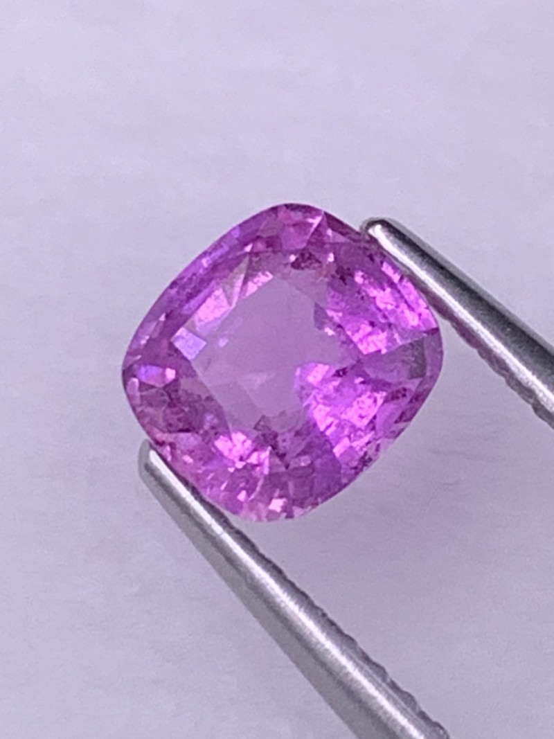 1.01 Cts Top Quality Fuchsia Pink Unheated Natural Sapphire