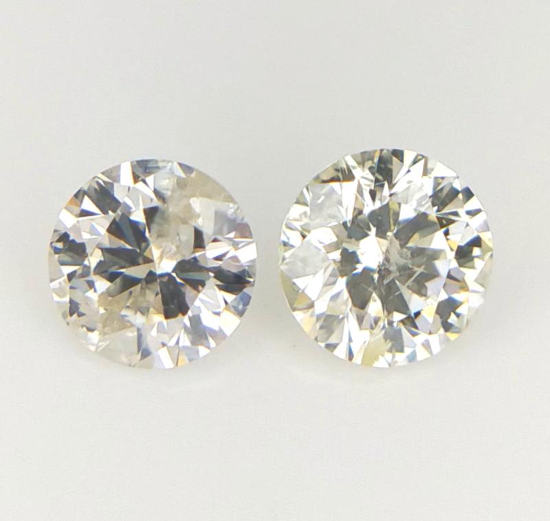 2/0.25 CT , Light Colored Diamond , 2 pcs Diamond