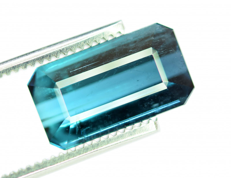 6.75 Carats Natural Indicolite Tourmaline Gemstone