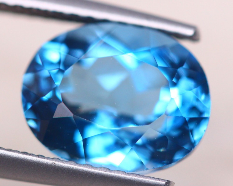3.84ct Natural London Blue Topaz Oval Cut Lot A1184