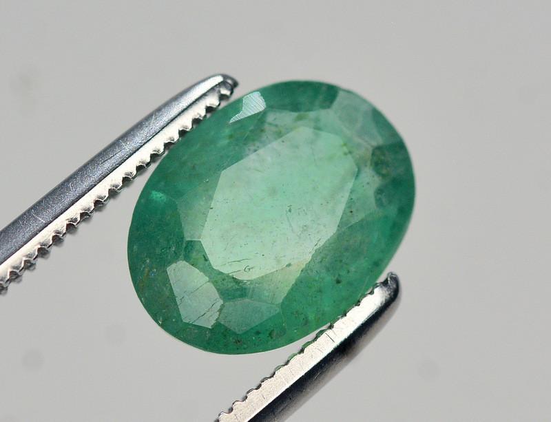 1.55 Ct Natural Zambia Emerald Gemstone