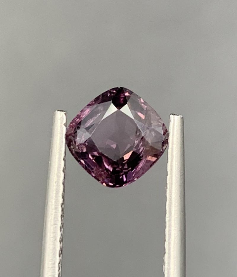 1.30 CT Spinel Gemstones