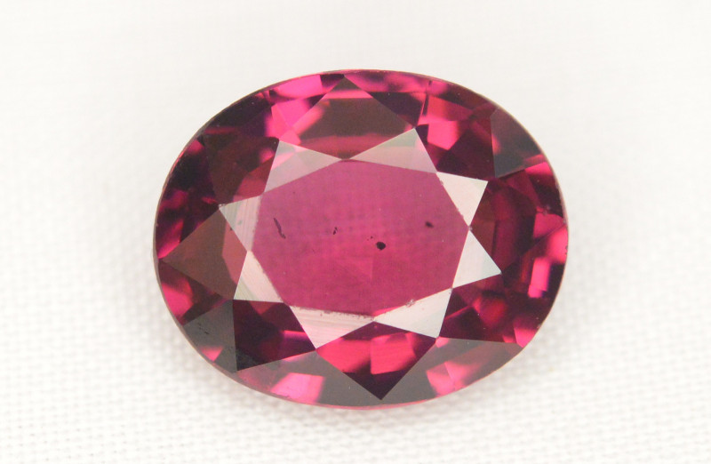 AAA Quality 3.00 Ct Natural Malaya Garnet