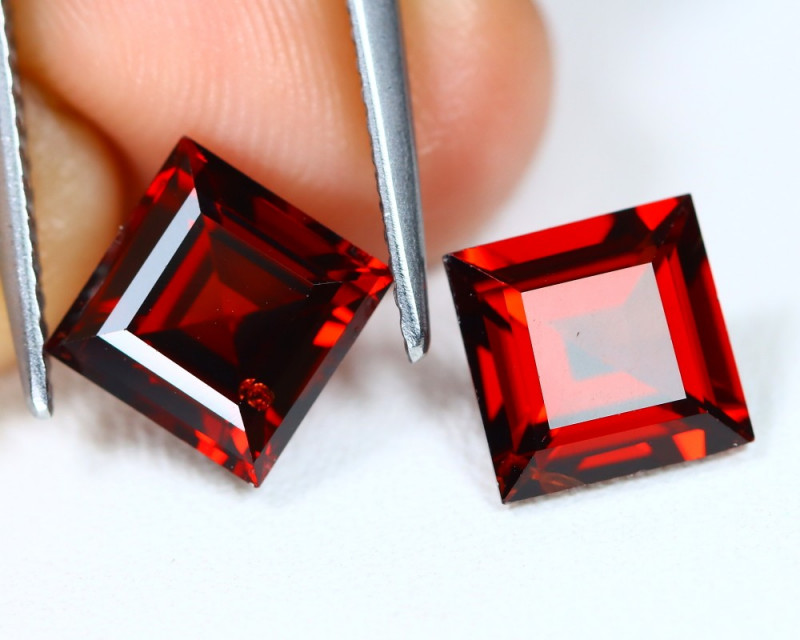 Spessartite Garnet 4.43Ct 2Pcs Princess Cut Natural Garnet C1101