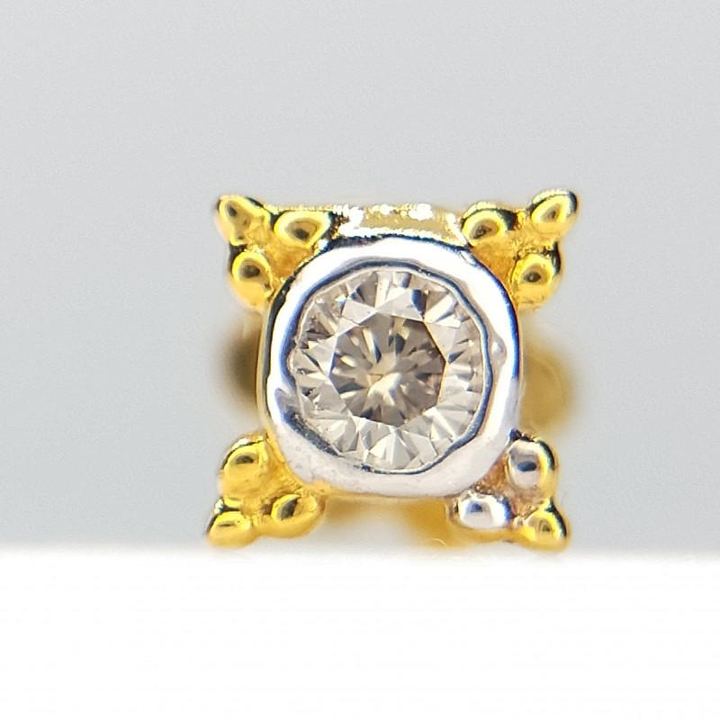 18kt Yellow Gold Nose stud , IGI Certified , Sparkling Diamond Nose piercin