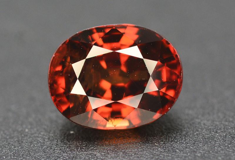 Amazing Quality3.35 Carat  Beautiful Natural Color Zircon