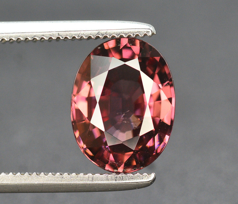 Amazing Quality 2.60 Carat  Beautiful Natural Color Zircon