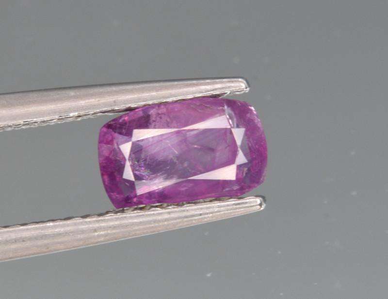 Natural Sapphire 1.02 Cts from Kashmir, Pakistan