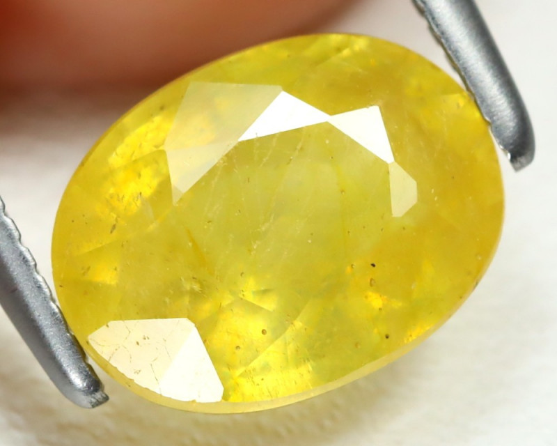 Yellow Sapphire 2.35Ct Oval Cut Yellow Color Sapphire AB1402