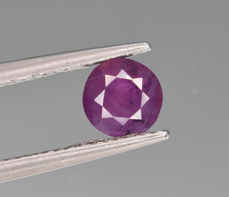 Natural Sapphire 0.94 Cts from Kashmir, Pakistan