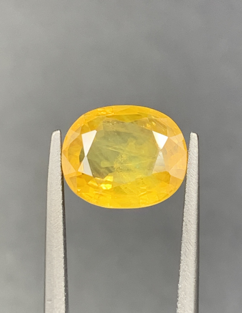 2.94 CT yellow Sapphire Gemstones