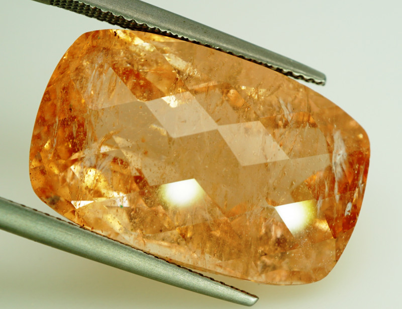 31.08  ct. 100% Natural Earth Mined  Top Pink Morganite Brazil