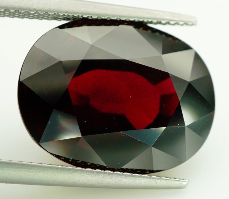 Huge! 20.93ct  Natural Earth Mined Pinkish Purple Rhodolite Garnet, Madagas