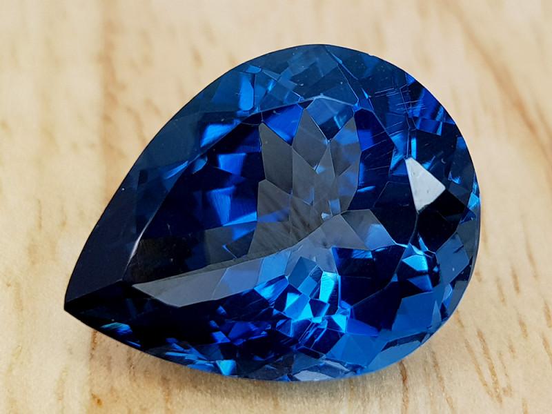 17.76CT LONDON BLUE TOPAZ GEMSTONE IGCLBT6