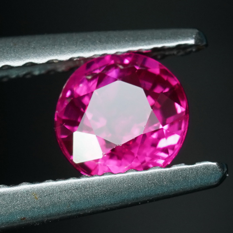 .62CT 4.8mm ROUND BURMESE RUBY with TOP COLOR & FIRE