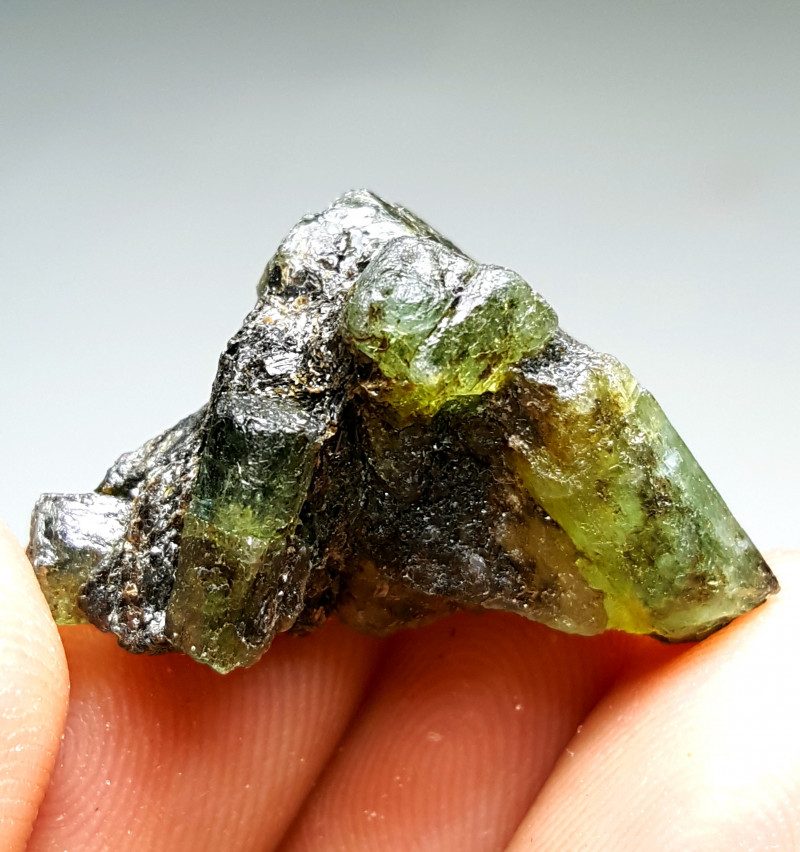 Amazing Natural color Damage free Cute  Emerald cluster specimen 35Cts-A