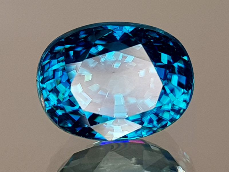 5.75CT NATURAL BLUE ZIRCON BEST GRADE IGCBZS05