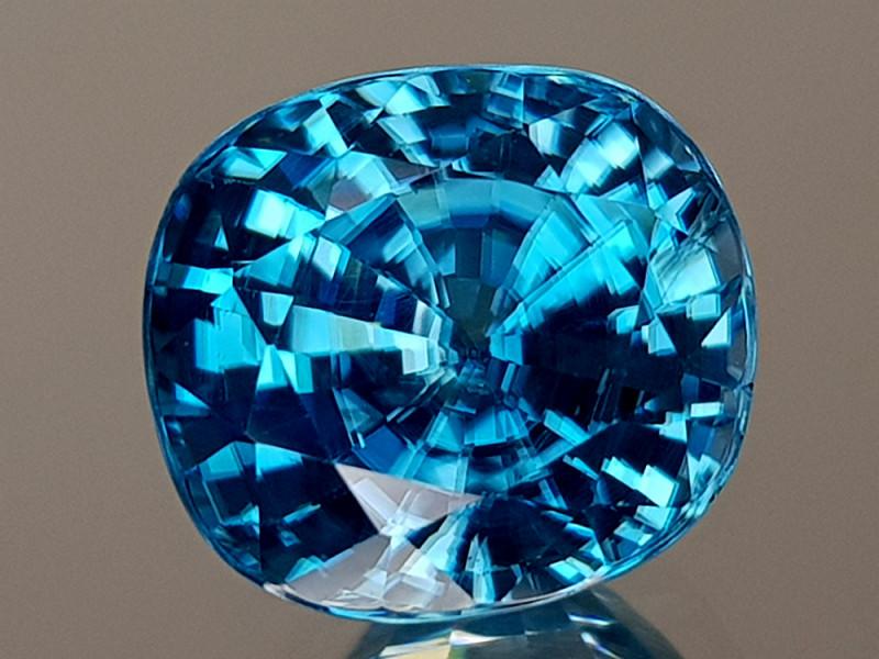 5.35CT NATURAL BLUE ZIRCON BEST GRADE IGCBZS06