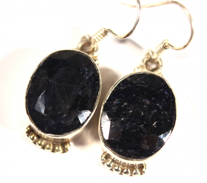 Cts.  44.05 Silver Earrings with sapphire roots    RF534
