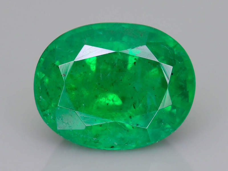 2.35 ct Zambian Emerald Vivid Green Color SKU-36