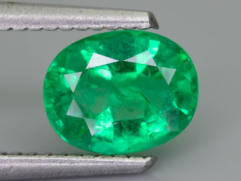 1.18 ct Zambian Emerald Vivid Green Color SKU-36