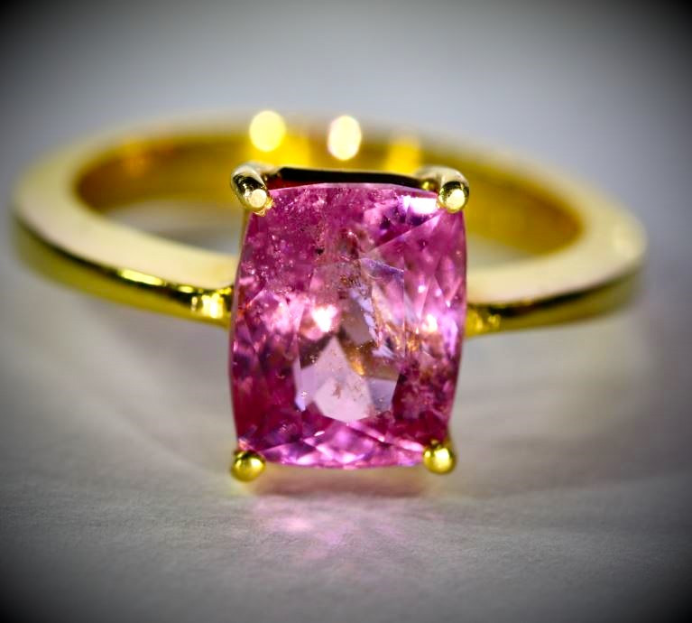Tajikistan Pink Spinel 3.10ct Solid 22K Yellow Gold Ring
