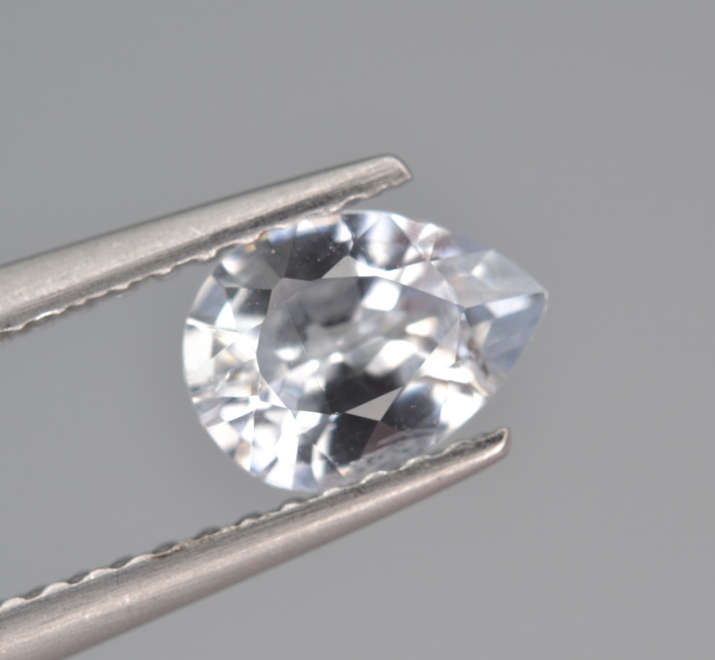 Natural Sapphire 0.84 Cts, Top Luster from Sri Lanka