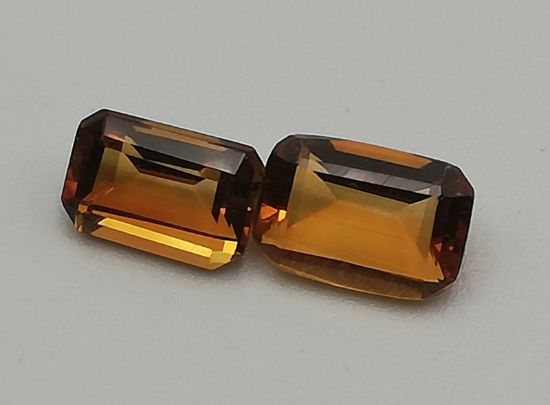 Madeira Citrine pair, 1.29ct, very nice colour !!