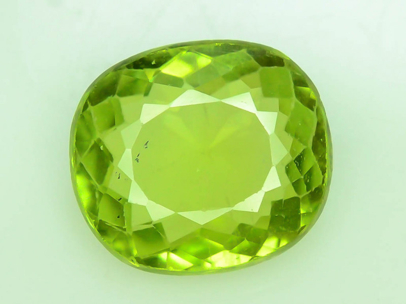 Exquisit Color 2.60 ct Himalayan Peridot ~ Pakistan ~ K