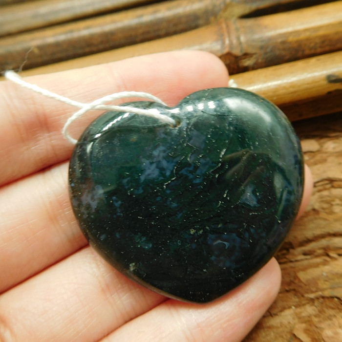 Heart shape moss agate pendant (G2468)