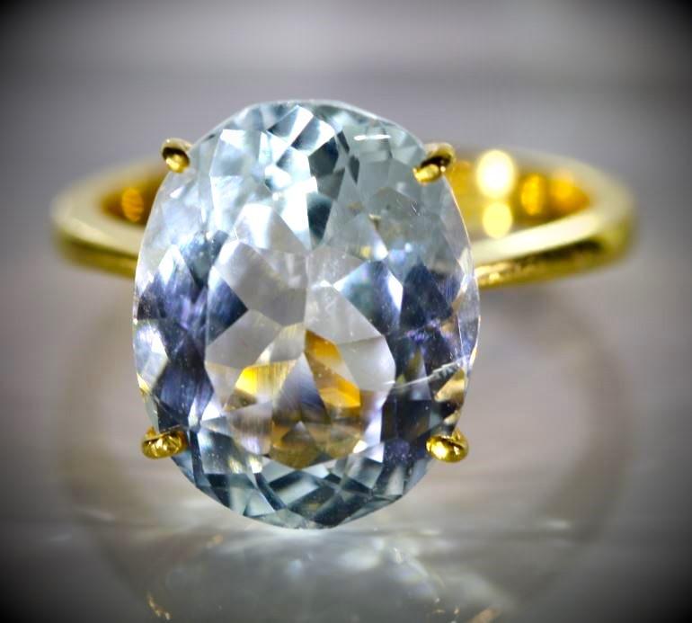 Aquamarine 8.01ct Solid 22K Yellow Gold Ring