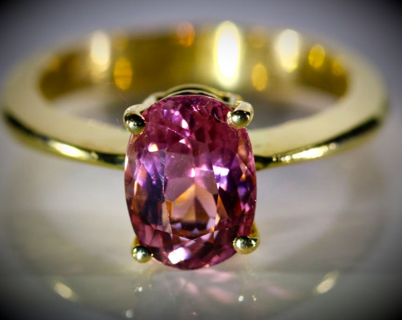 Mahenge Spinel 2.15ct Solid 18K Yellow Gold Ring