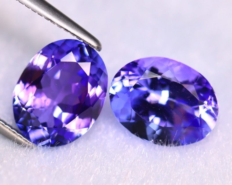 Tanzanite 4.16Ct 2Pcs Natural VVS Purplish Blue Tanzanite ER409/D4