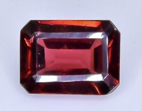 1.89 Crt Natural  Rhodolite Garnet Faceted Gemstone.( AB 47)