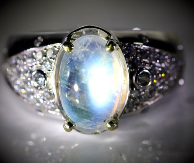 Moonstone 4.30ct Platinum Finish Solid 925 Sterling Silver Ring