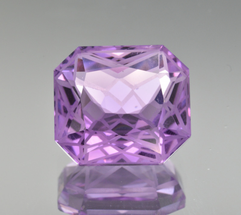 Natural Amethyst 8.27  Cts Precision  Cut, Top Quality Gemstone