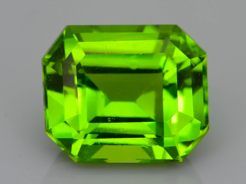 Top Grade 5.06 ct Peridot ~ Pakistan SKU.7
