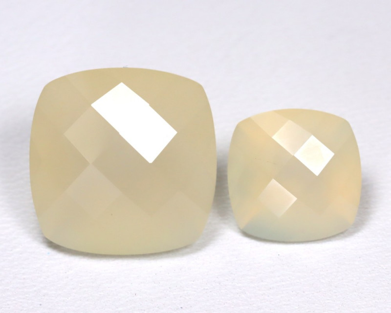 Moonstone 14.51Ct 2Pcs Natural Play Of White Color Moonstone Lot B3639