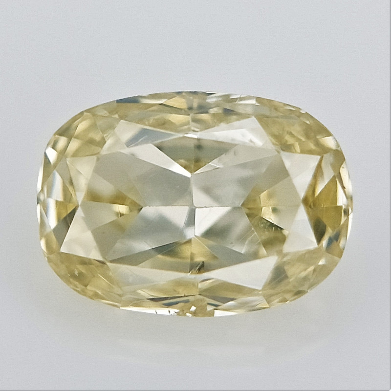 0.11 CTS , Naturally Colored Diamond , untreated unheated