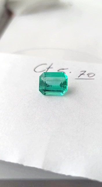 5.70ct Colombian Emerald