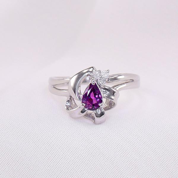 Natural VioletSapphire & Diamonds Platinum Ring