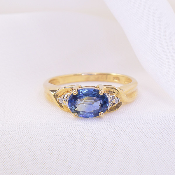 Natural Blue Sapphire & Diamond 10kt Gold Ring