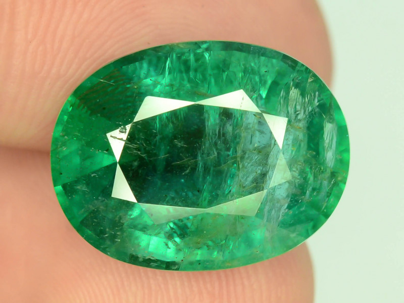 Ethiopian Emerald~ 9.65 ct Natural Top Quality Luster ~K