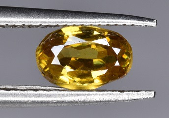 A Beautiful Yellow Sphene 0.80 CTS