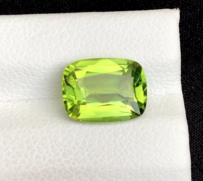 AAA Color & Cut 2.85 ctHimalayan Peridot ~ Pakistan